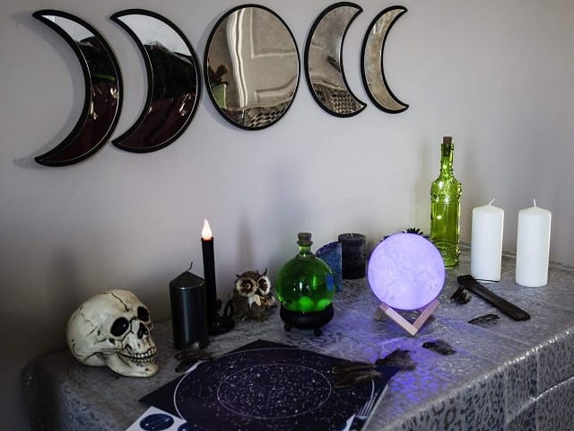 Black Magic Witch Moon Mirror - witch fall kitchen decor ideas (Small)